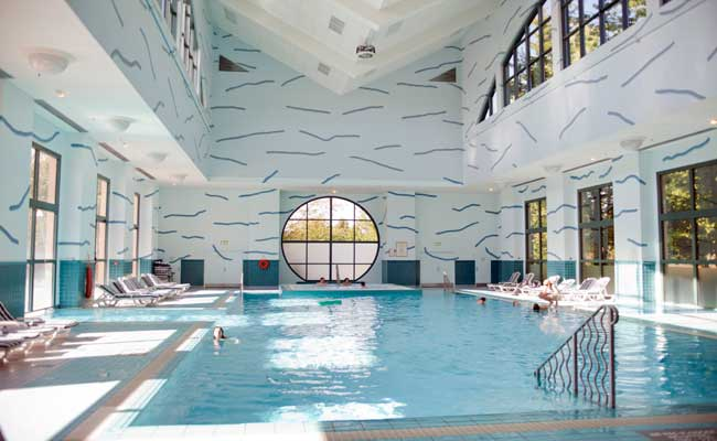 Hotel New York Indoor Swimming Pool, Disneyland Paris